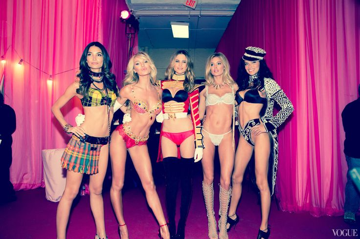 Angels in Action: A Photographer\'s Perspective on the 2013 Victoria\'s Secret Fashion Show - Vogue Daily - Fashion and Beauty News and Features