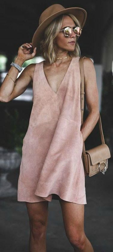 Free People Retro Love Blush Pink Suede Leather Dress The Free People Retro Love Blush Pink Suede Leather Shift Dress has us swooning over it's th…
