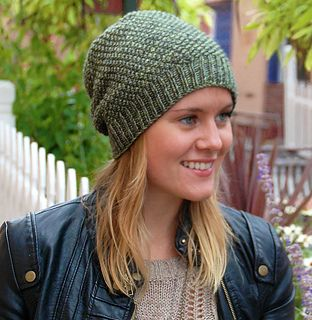 The original customizable slouchy textured hat with just the right amount of slouch. A perfect pattern for variegated and mottled yarns, the moss stitch creates beautiful texture without distracting from the subtleties of hand-dyed yarn. Increases and decreases are worked in pattern for a seamless aesthetic and reversible comfort.