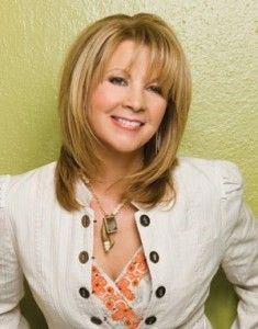 Another favorite of mine. Such a beautiful voice. Patty Loveless Born Patricia Lee Ramey. Country music singer. She is the 65th member of the Grand Ole Opry. Born in Pikeville.