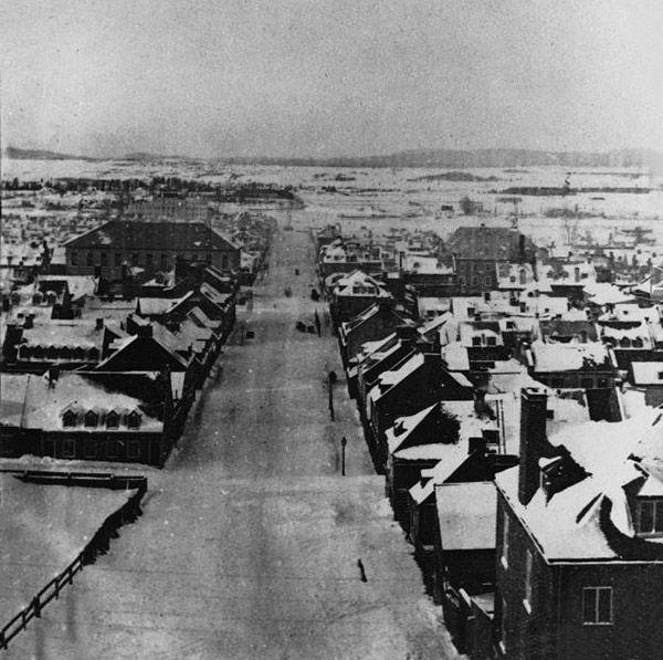 1860- Faubourg St. Roch, Québec.
