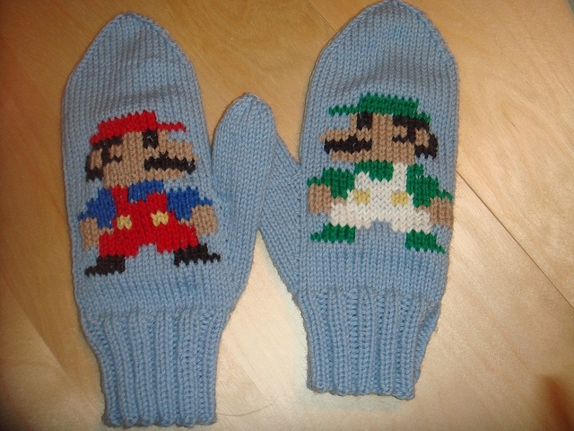 Pattern - Basic Men's Mittens (Mario Bros. for Woody)