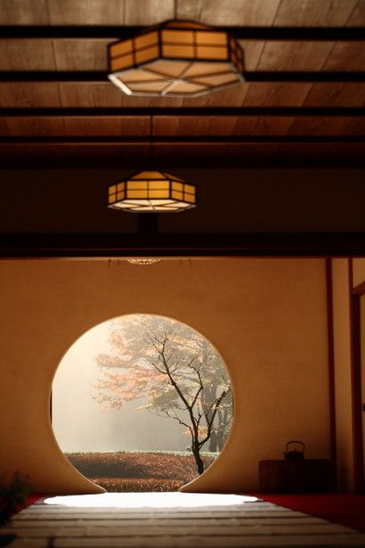 Beautiful round door/window and the lights on the ceiling Meigetsu-in temple, Kamakura, Japan 明月院 鎌倉