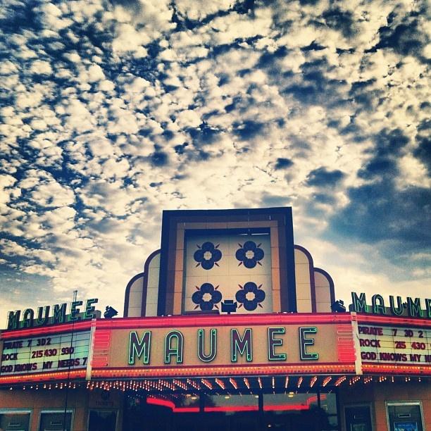 Maumee Ohio little theater...