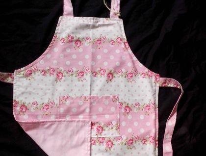 Pretty Girls Apron - Pink floral