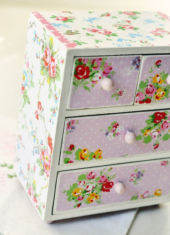 Birds and Blossoms shabby trinket box
