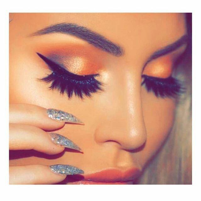 Zara afreen khan 🖤 | Weeding makeup, Eye makeup, Girly pictures
