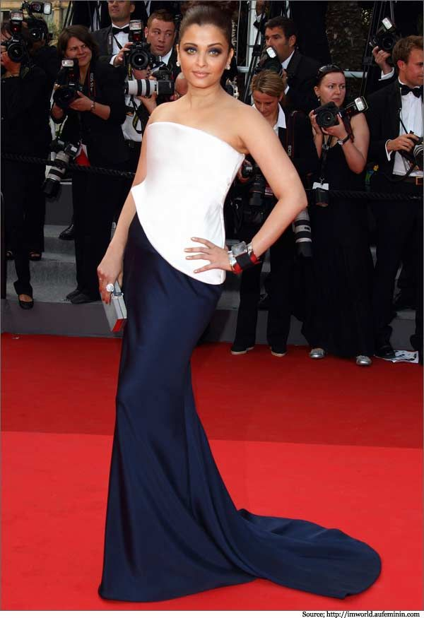 Aishwarya Rai in Armani Prive structured strapless white & blue evening #gown at the Cannes red carpet. #gowns #eveninggowns
