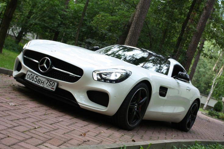 На бреющем полете. Mercedes-Benz AMG GT