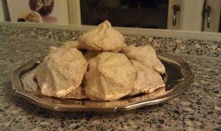 Kager og søde sager !: Mormor´s kokos makroner - marengs