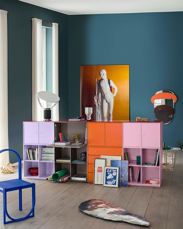 A home full of art and objects – browse our new catalogue and find colour and styling inspiration.  Link in profile. #montanafurniture #danishdesign #interiordesign #interiorinspiration #nordichome #nordicinspiration #homedecor #colourl