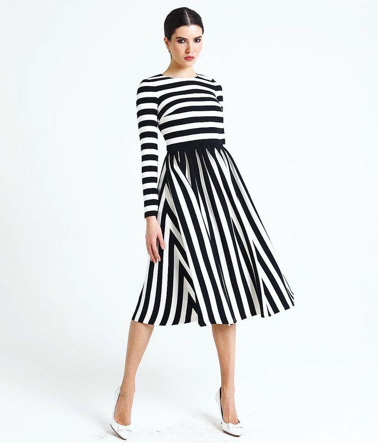 На заказ стильное платье в полоску #втренде