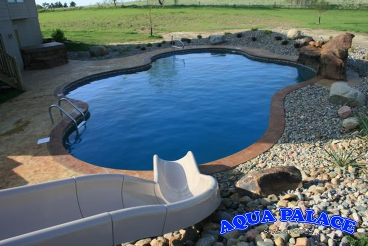 Mountain lake vinyl liner pool design stamped concrete for Concrete pool builders