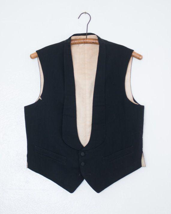 247.25 kr. antique wool waistcoat  M/L by BabyStrangeVintage on Etsy