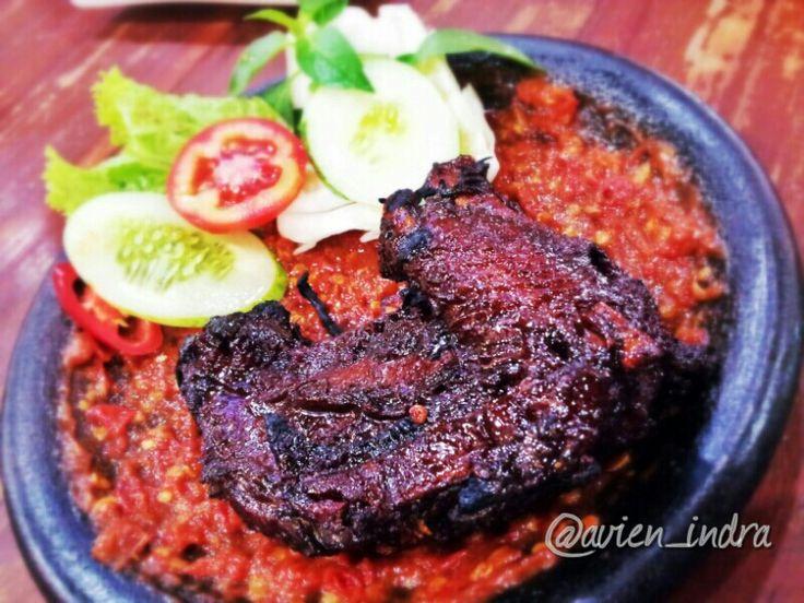 Ayam Bakar Penyet, Lekko Bintaro