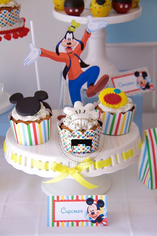 mickey-mouse-clubhouse-2nd-birthday-cupcake