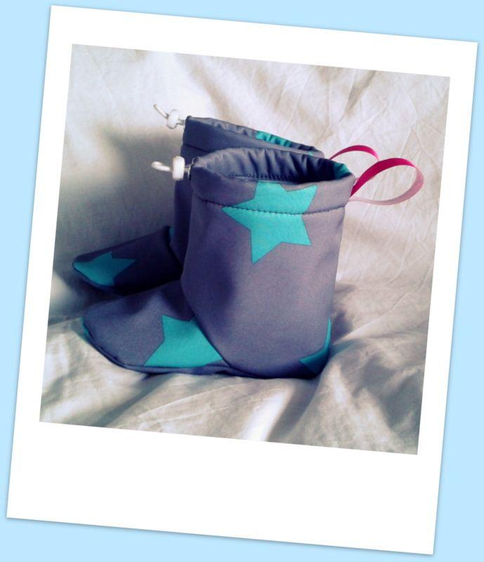 Baby booties, softshell and fleece, waterproof, windproof, barefoot, baby wearing :)