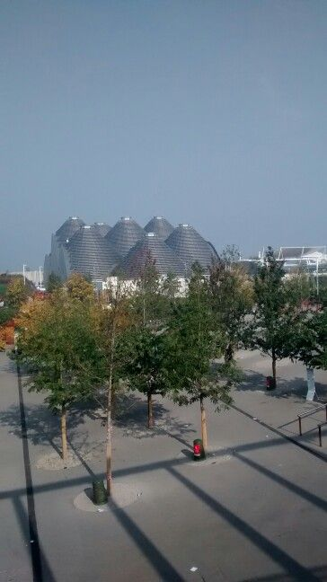 Expo entrance