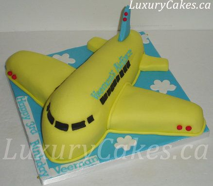 Airplane Cake - maybe for a certain little someone's birthday coming up? (BW)