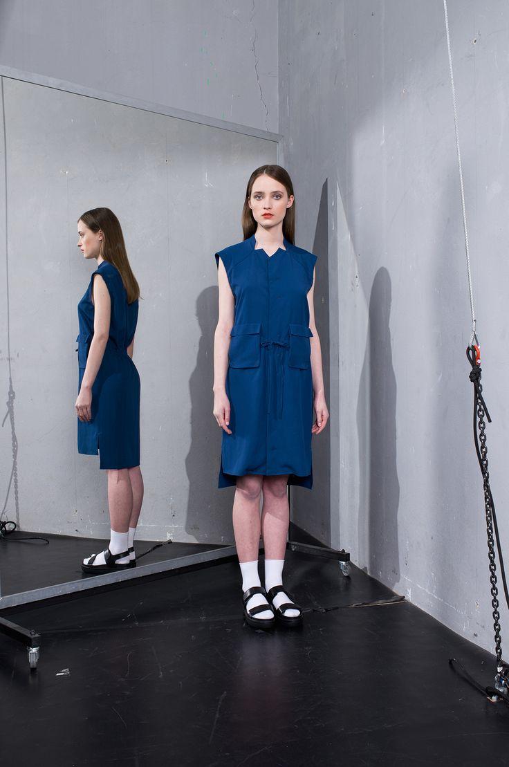 MEI KAWA | Sleeveless Drawstring Waist Tunic Shirt