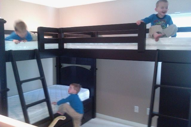 Loft Beds For Small Rooms Triple Bunk Bed How To
