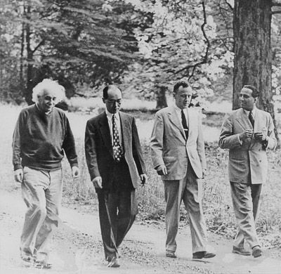 John Wheeler (third from left) walks through the woods at the Institute for Advanced Study with, from left, fellow physicists Albert Einstein of the institute, Hideki Yukawa of Kyoto University in Japan and Homi Bhabha of the Tata Institute of Fundamental Research in India. Photos: Courtesy of the Wheeler family