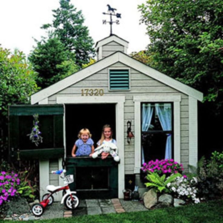 Marvelous 46 Fabulous Backyard Playhouses to Delight your Kids http://godiygo.com/2017/12/19/46-fabulous-backyard-playhouse-delight-kids/