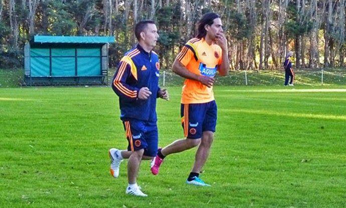 Blog Esportivo do Suiço: Falcao García treina com a Colômbia