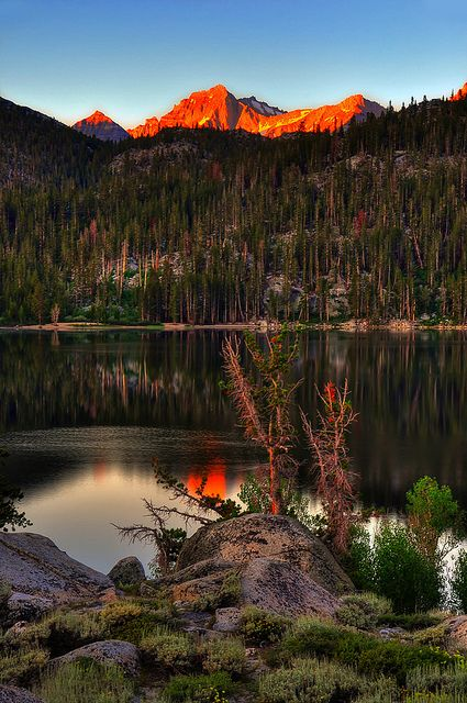 Sunrise at Rock Creek Lake in The Eastern Sierras, California