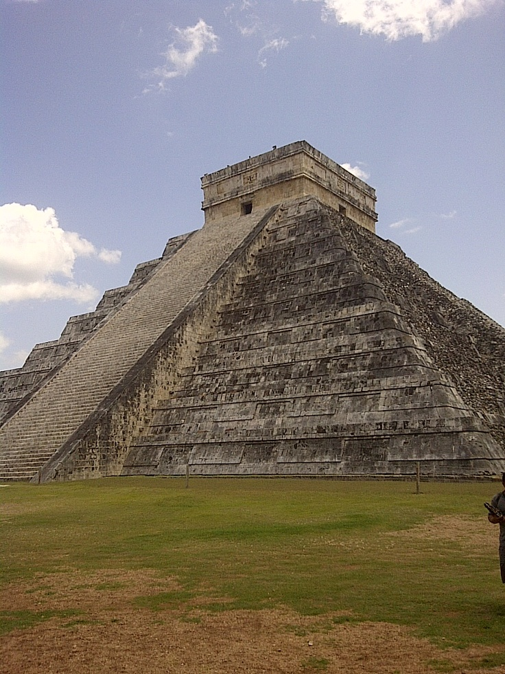 Mayan calender temple at Cichi Nitse, Mexico. This is one of the seven anchient wonders. Amazing structure and history