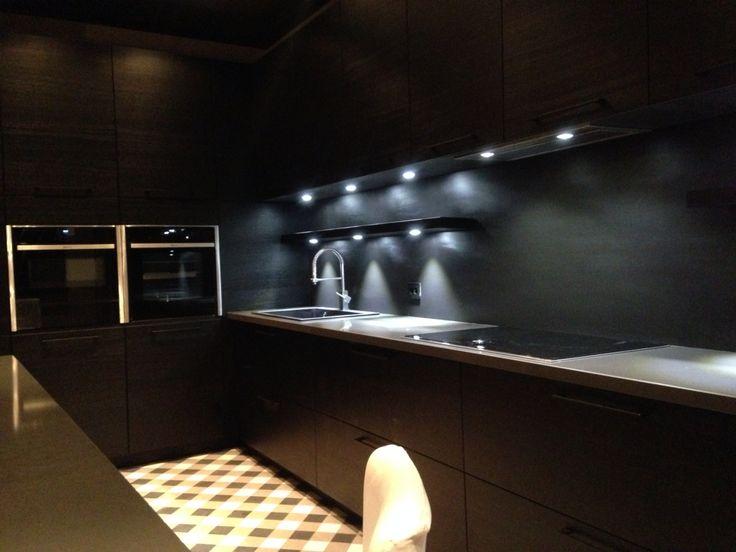 Black kitchen cabinets - kitchendesign - dark interiors - masculine interiors - loftstyle