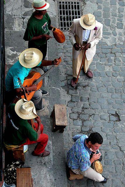 ...the streets of Havana.. now I wanna dance!