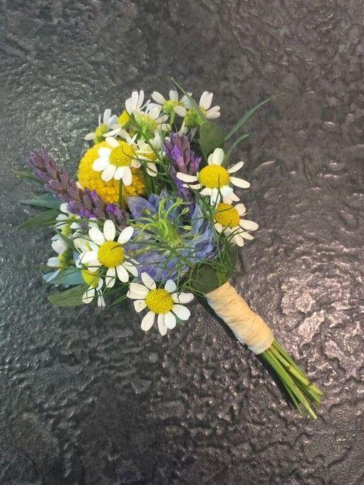 Boutonniere: Mini Daisies, Craspedia, Nigella, Lavender, tied with natural raffia
