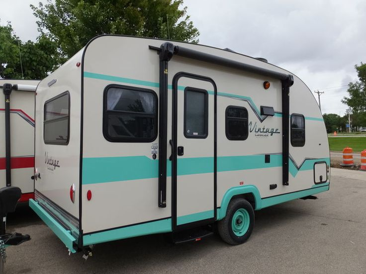 2017 Gulf Stream Vintage Cruiser 17RWD, Travel Trailers RV For Sale in Madison, Wisconsin | Jerry's Camping Center 1479 | RVT.com - 124247