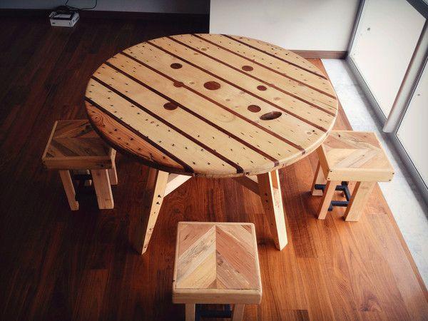 MESA PIZZERA edición especial con madera tropical de Chechen