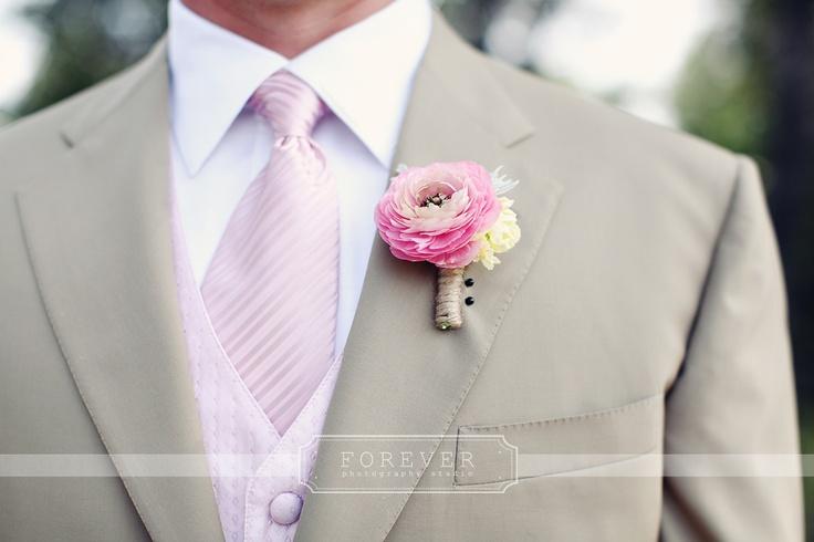 ranuncula and twine boutonniere: Petal Pushers, Pink Roses, Boutonniere Ideas, Wedding Ideas, Twine Boutonniere, Blog, Petal Pink, Ranch Weddings