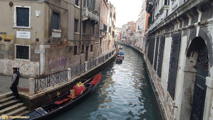 Venezia a Natale - Uno dei tanti pittoreschi canali della città