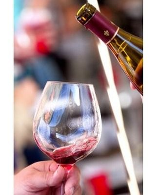 Do you live in the 707 area code? If so you're eligible for a 10% discount on Napa's ultimate food & wine festival - Masters & Makers. Tickets start at just $36! Visit our website to grab yours!  #visitnapavalley #wine #napa #meritagemasters #707 by meritageresort