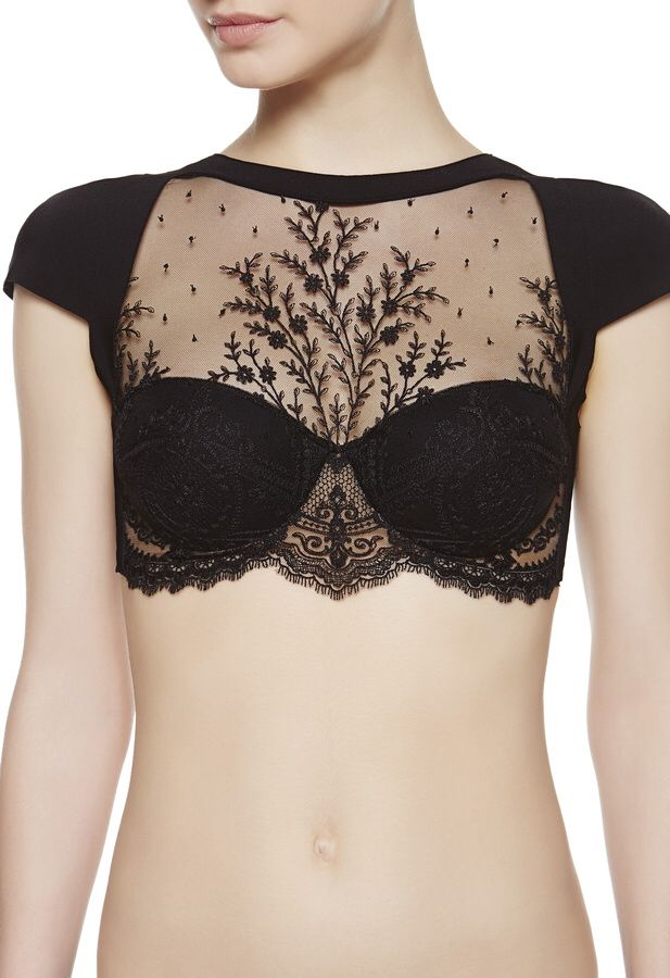 Gorgeous black crop top, love the lace and black block play.