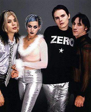 The Smashing Pumpkins: The band line-up 1995   L to R: James Iha, D'Arcy Wretzky, Billy Corgan and Jimmy Chamberlin