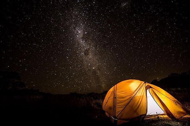 """::: NIGHT LIGHTS :::⠀ ⠀ """"What weekends are about! Getting away, clearing the head and relaxing in the beauty of the outdoors 👌🏻 """"⠀ ⠀ 📷 @jlilford ⠀ ⠀ Absorbing the night lights in the Victorian high country - nothing quite like it. Who is seeking the solace of the mountains and stars this weekend? Where are you off to?⠀ ⠀…"""
