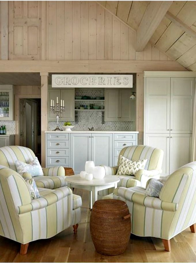 sarah richardson living rooms 25 best ideas about richardson farmhouse on 16398