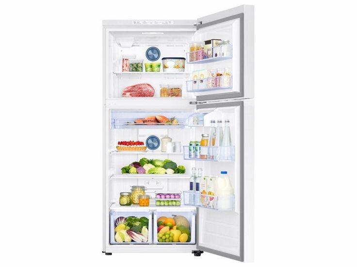 18 cu. ft. Capacity Top Freezer Refrigerator with FlexZone™