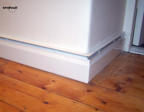 A baseboard heater that actually looks like a baseboard. Forget those bulky metal baseboard heaters that we are used to, the Thermodul heating system provides all the heat you need without an eyesore that you have to cover up or design around. Images via Dryzone