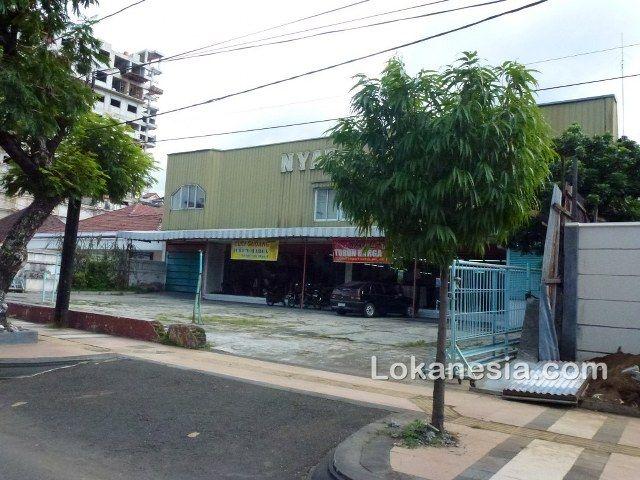 Nyata Plaza Textile dan Tailor