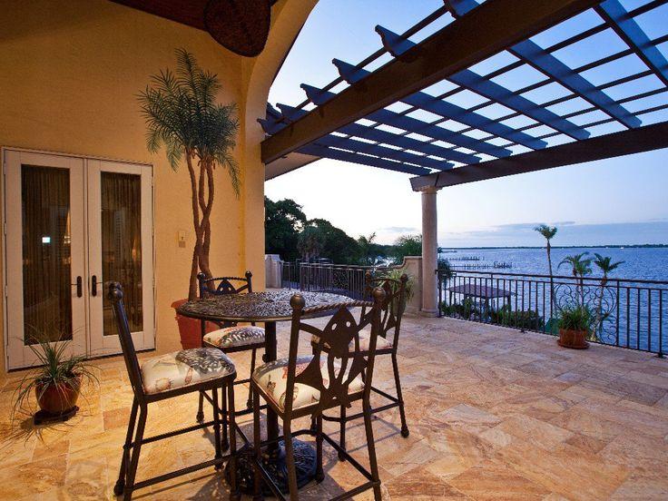Sarasota 1 in Sarasota, Florida at Top Villas from only $4,500 per week!