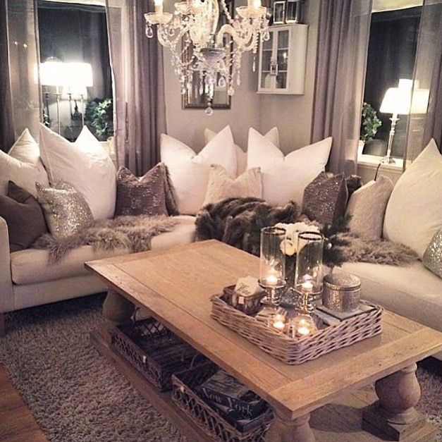 When GLAM meets COZY ... We love a functional and gorgeous living space. Couldn't you see yourself just piling on this sofa for an episode of #Scandal this fall?  by: @home_by_virginia #egl #egl2014 #everythinggl #everythinggl2014 #moderndomestic #moderndomesticegl #lifestyle