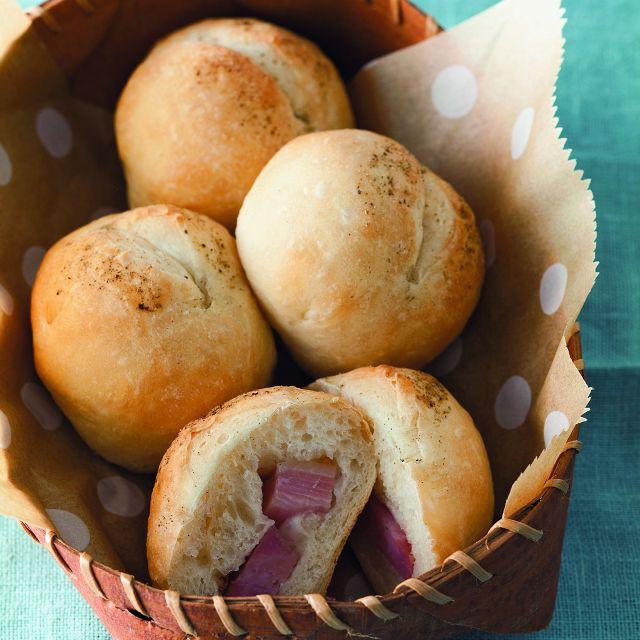 【作りおきパン】生地は冷蔵庫で発酵&保存! 翌朝ラクラク調理「ブロックベーコン入りパン」 Milly ミリー