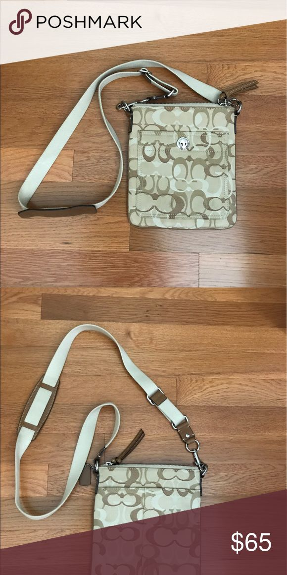 Coach swingpack Tan swingpack coach purse, used only a few times, excellent shape Coach Bags Crossbody Bags