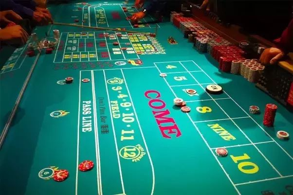 Try to choose the right kind of casino so that you can save time. The correct roulette system would require specific number of spins before any bet. It is due to this reason that you should choose the fast playing roulette tables.